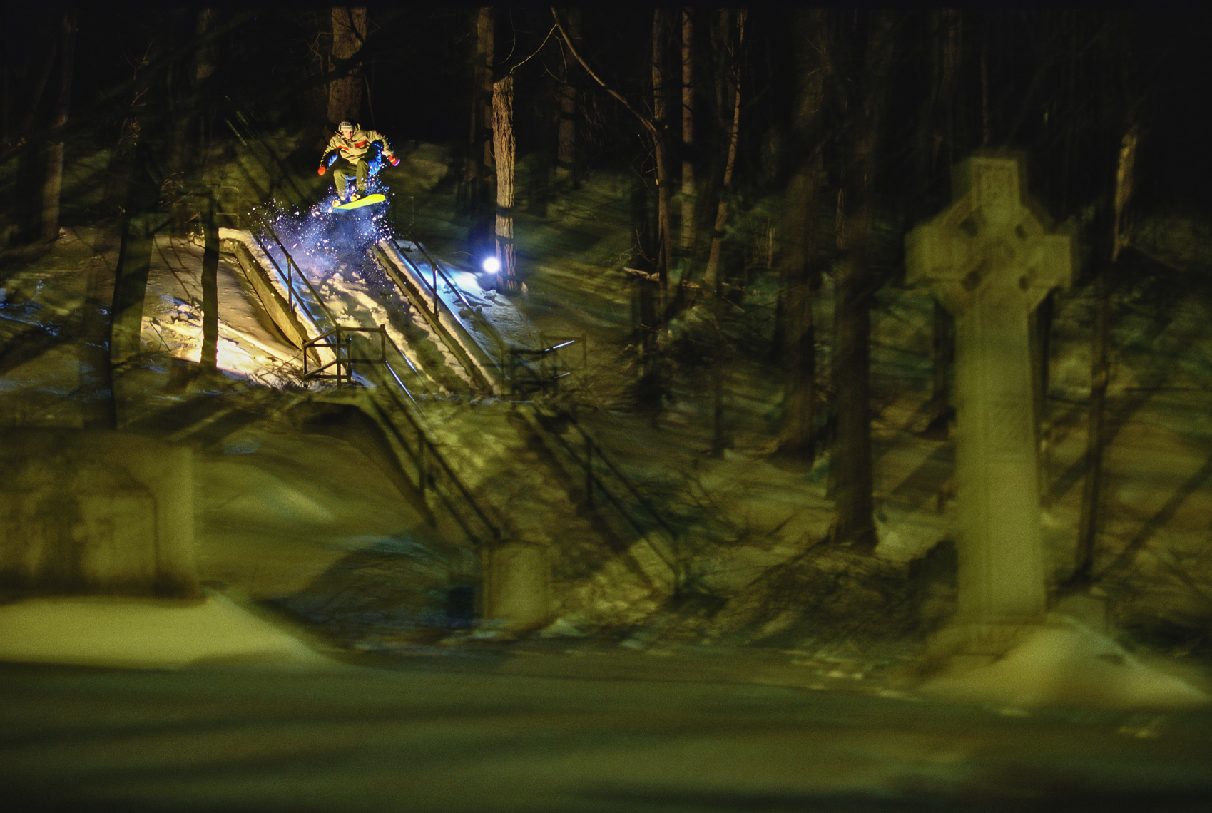 HerbGeorge_SnowboarderMagazine_BurlingtonVTGraveyard_Action_Retouched_Web